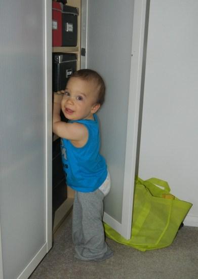 baby losing his pants