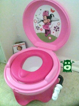 minnie potty chair
