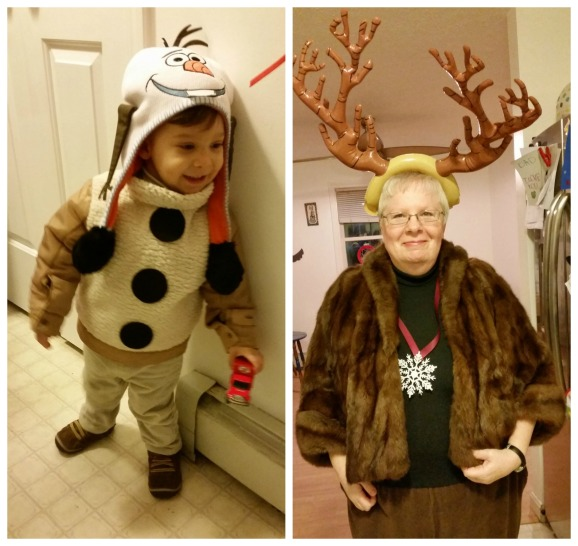 How to DIY your own Frozen Costumes for a Family - Olaf and Sven
