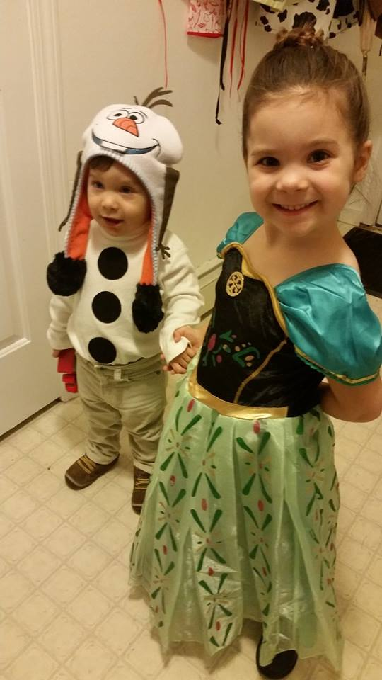 Frozen thinker mommy disney frozen halloween costumes how to olaf and anna solutioingenieria Image collections